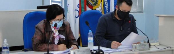 Sessão Presidida pela Vereadora Sônia Mara Kuhn